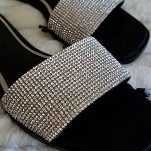 🆕️🗼ZARA PARIS🗼Rhinestone slip on sandals